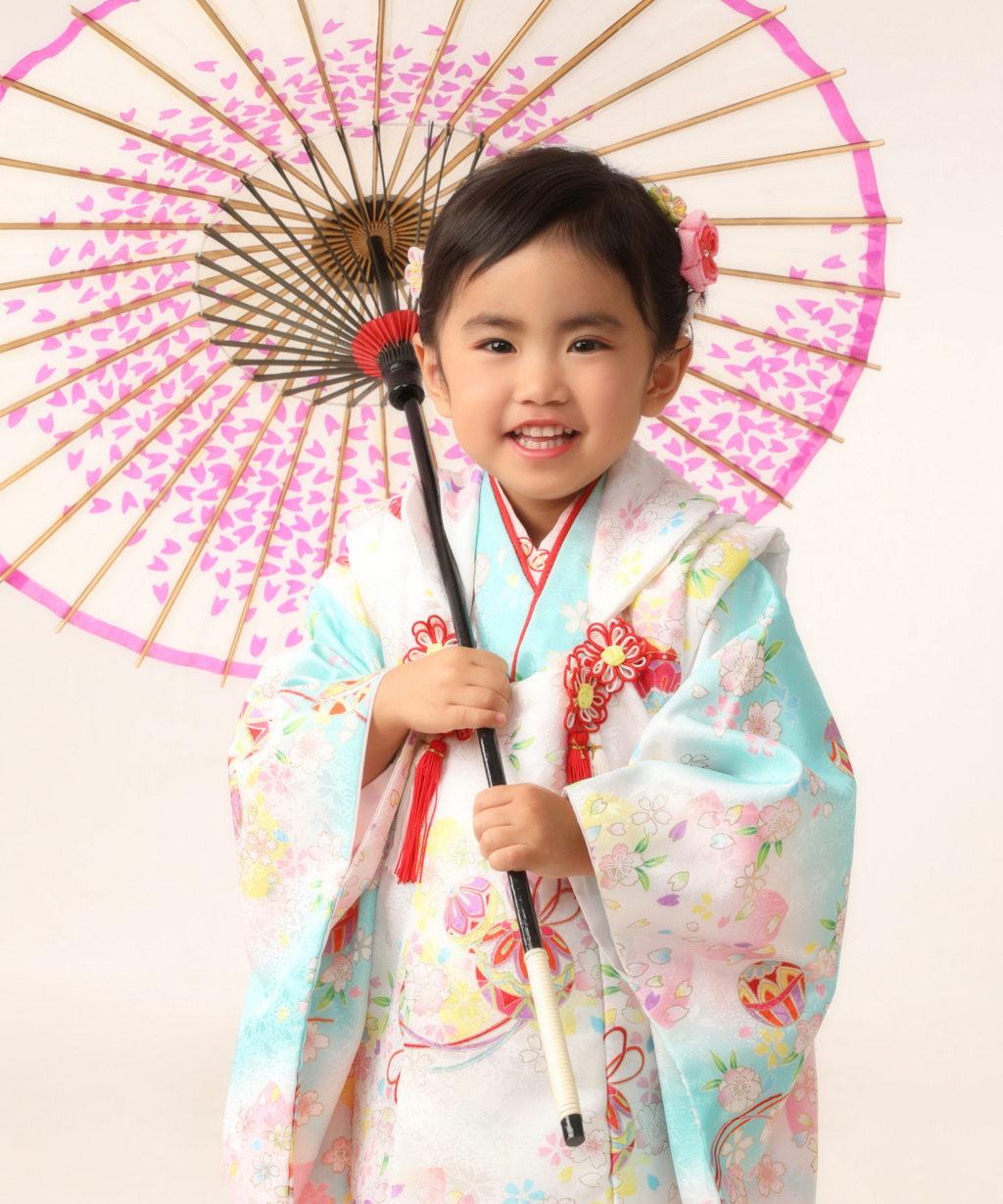 七五三記念写真撮影例(3歳女の子着物)横浜そごう写真館