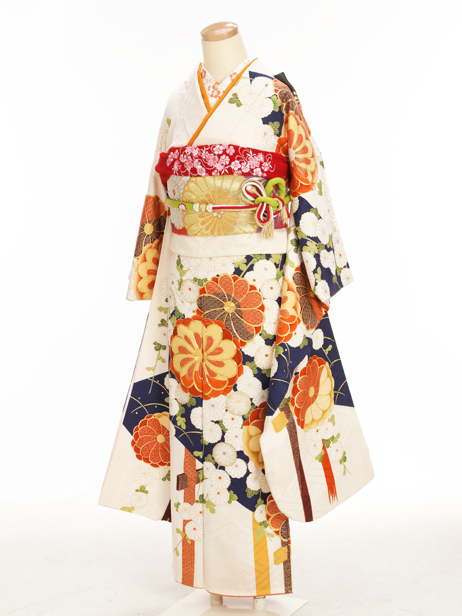 成人式衣裳8(小さめ) お出かけOK!